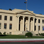 Picture of a courthouse similar to a justice court in Utah.